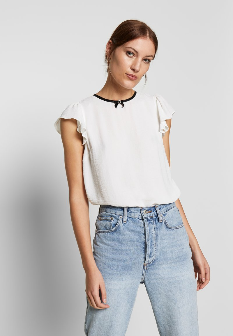 Dorothy Perkins - BOW NECK DETAIL TOP - Bluser - ivory