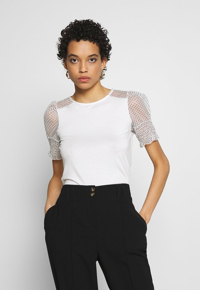 DOBBY CONTRAST PUFF SLEEVE TEE - T-shirt con stampa - white