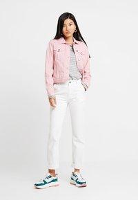 Dorothy Perkins - JACKET - Džínová bunda - pink - 1