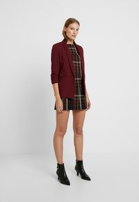 Dorothy Perkins - RUCHED SLEEVE JACKET - Blazer - bordeaux