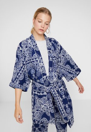 PRINT KIMONO - Summer jacket - blue