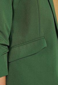 Dorothy Perkins - EDGE TO EDGE JACKET - Blazer - green - 6