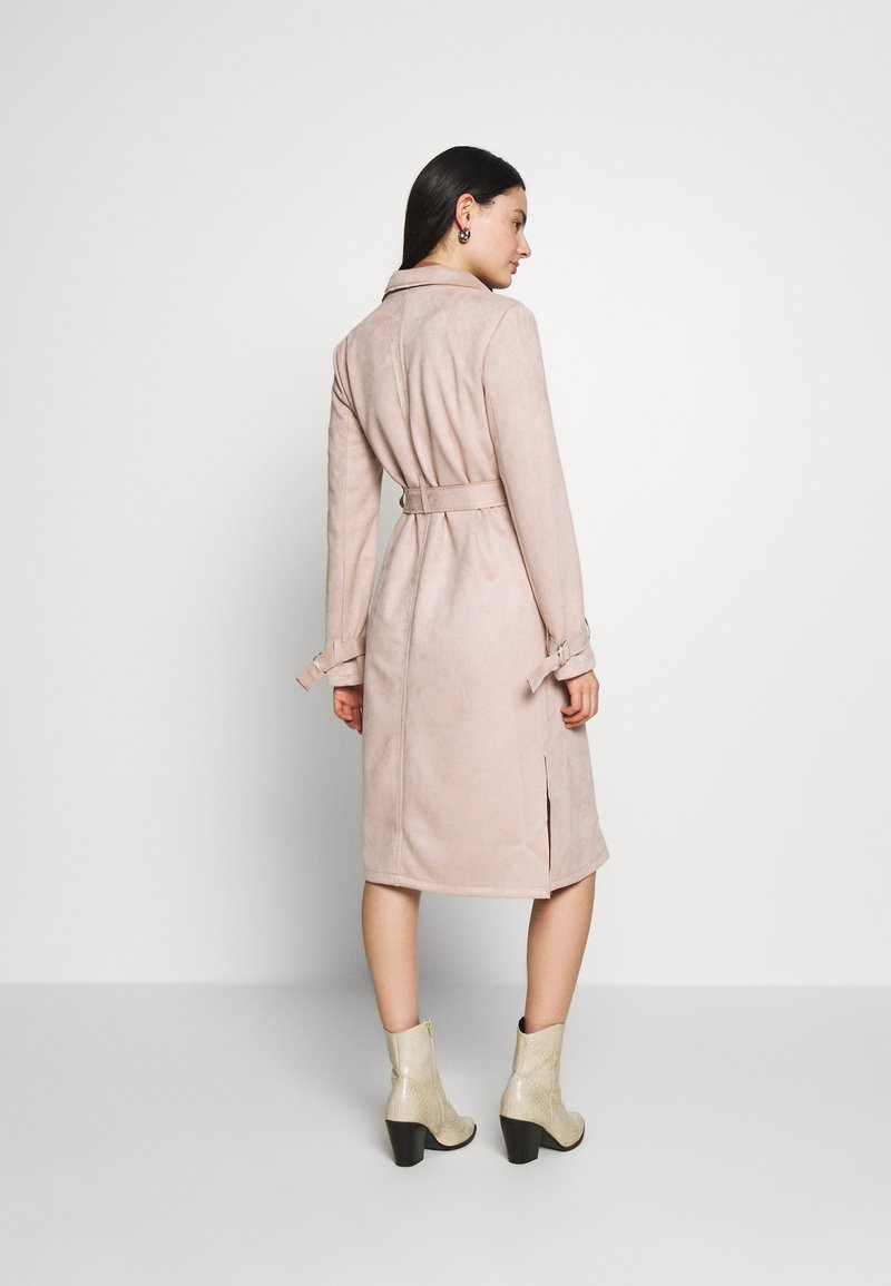 Dorothy Perkins SUEDETTE DRING TRENCH COAT - Trenchcoat - blush