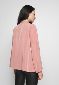 Dorothy Perkins - WATERFALL THROW ON JACKET - Lett jakke - dark rose - 2