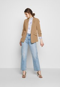 Dorothy Perkins - CAMEL EDGE TO EDGE JACKET - Blazer - light brown - 1