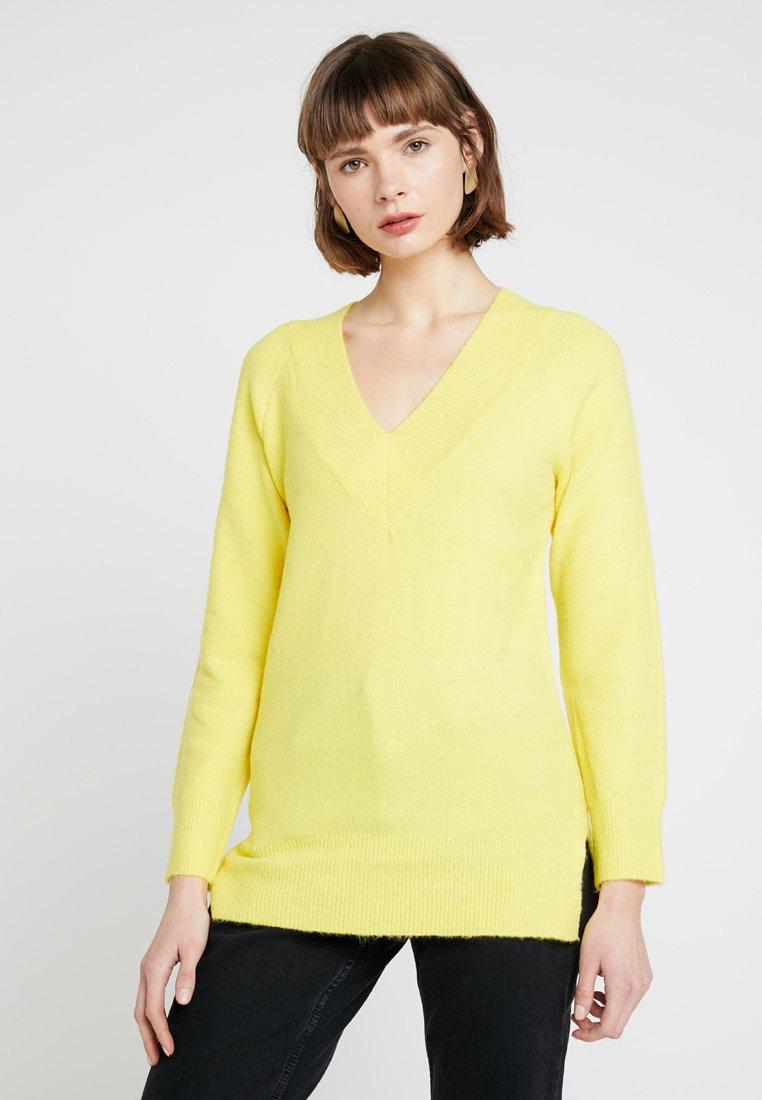 Dorothy Perkins - V NECK JUMPER - Strickpullover - yellow