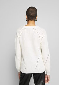 Dorothy Perkins - LEAD IN STITCH - Jumper - cream - 2