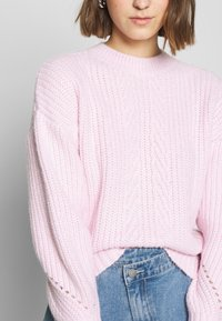 Dorothy Perkins - POINTELLE STITCH - Sweter - lilac - 3