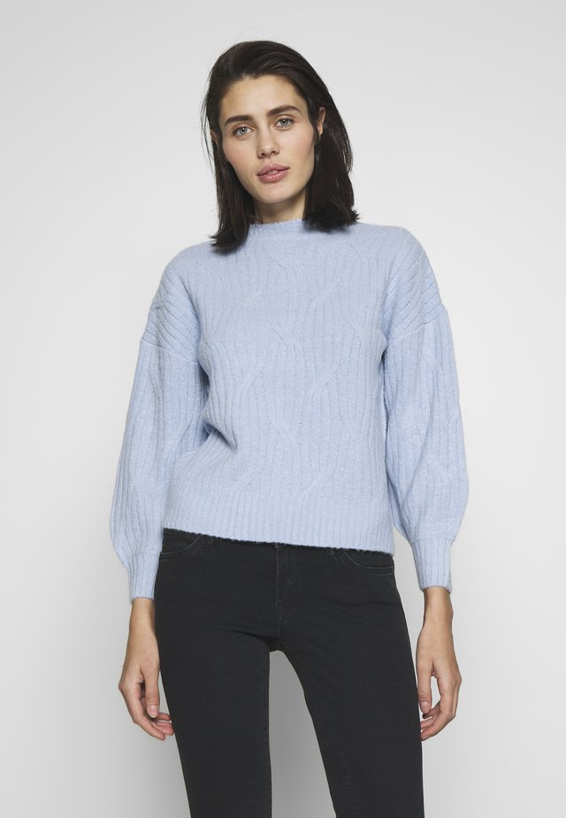 DIAGONAL DETAIL HIGH NECK JUMPER - Jersey de punto - pale blue