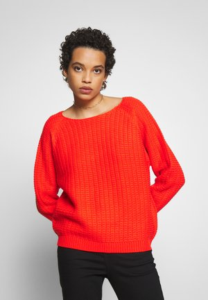 TEXTURED WIDE NECK - Sweter - red