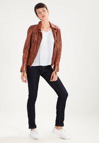 Dorothy Perkins - ASHLEY  - Jeans straight leg - indigo - 2