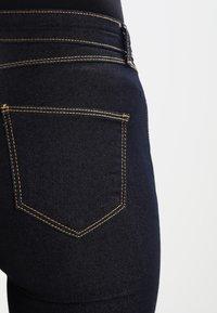 Dorothy Perkins - ASHLEY - Jeans bootcut - indigo - 4