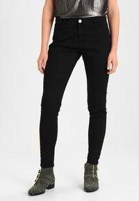 Dorothy Perkins - ASHLEY  - Slim fit jeans - black - 0