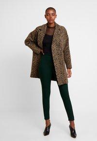 Dorothy Perkins - LYLA - Jeans Skinny Fit - green - 1