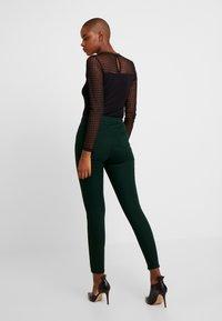 Dorothy Perkins - LYLA - Skinny džíny - green - 2