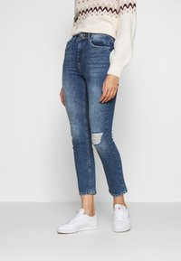 Dorothy Perkins - BOYFRIEND JEAN - Slim fit jeans - dark-blue denim - 0