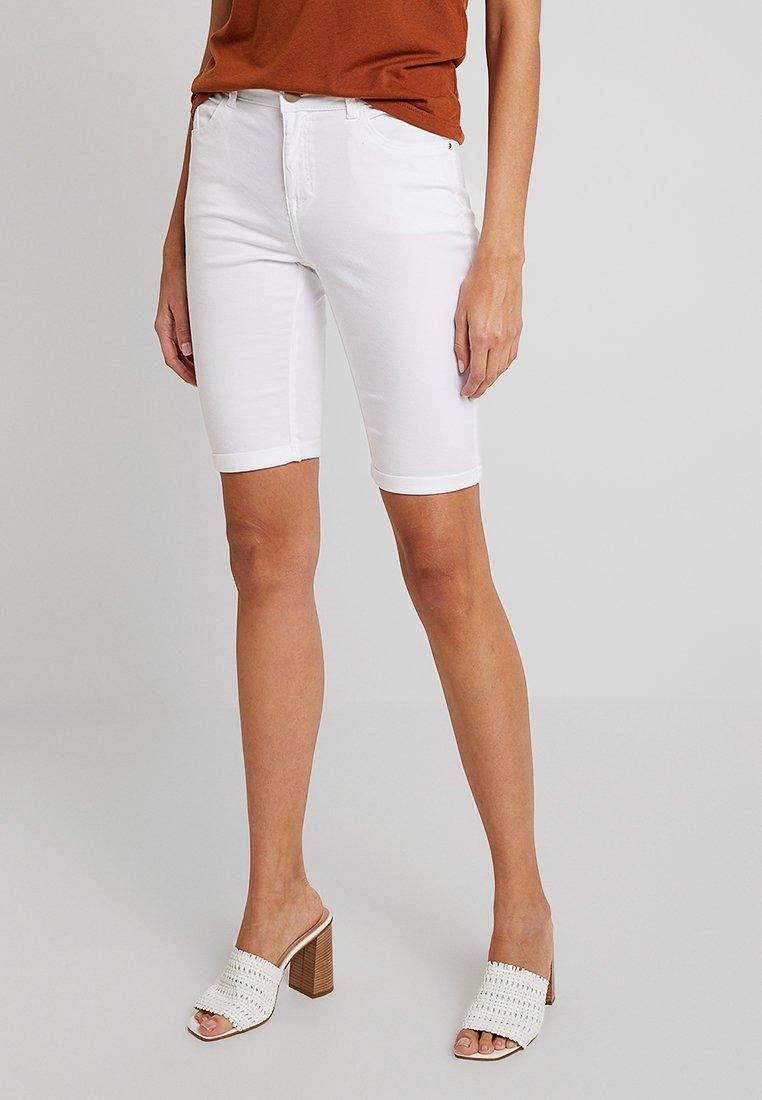 Dorothy Perkins - KNEE - Jeans Short / cowboy shorts - white
