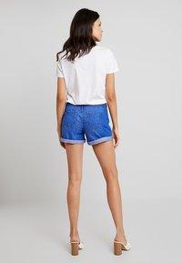 Dorothy Perkins - BOY - Denim shorts - bright blue - 3