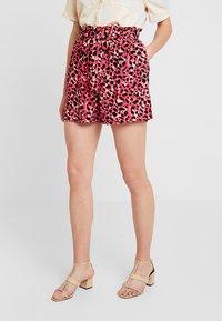 Dorothy Perkins - ANIMAL TAB DETAIL - Shorts - hot pink - 0