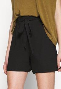 Dorothy Perkins - PAPERBAG - Shorts - black - 4