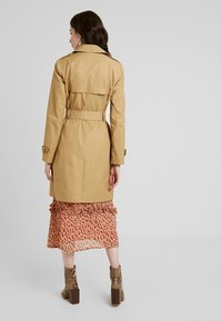 Dorothy Perkins - LIGHTWEIGHT - Trench - stone - 2