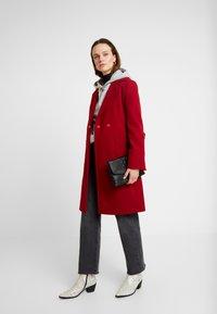Dorothy Perkins - PATCH POCKET WRAP - Manteau classique - red - 1