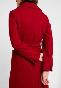 Dorothy Perkins - PATCH POCKET WRAP - Manteau classique - red - 5