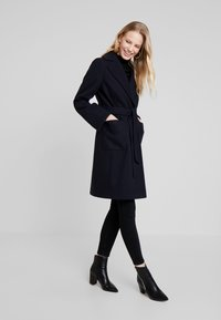 Dorothy Perkins - PATCH POCKET WRAP - Cappotto classico - navy blue - 1