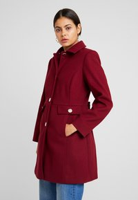 Dorothy Perkins - COLLAR DOLLY - Short coat - merlot - 0