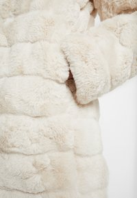 Dorothy Perkins - LONG - Cappotto invernale - cream - 5