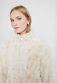 Dorothy Perkins - LONG - Winter coat - cream - 3