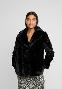 Dorothy Perkins - SHORT PLUSH COLLAR REVERE - Light jacket - black - 0