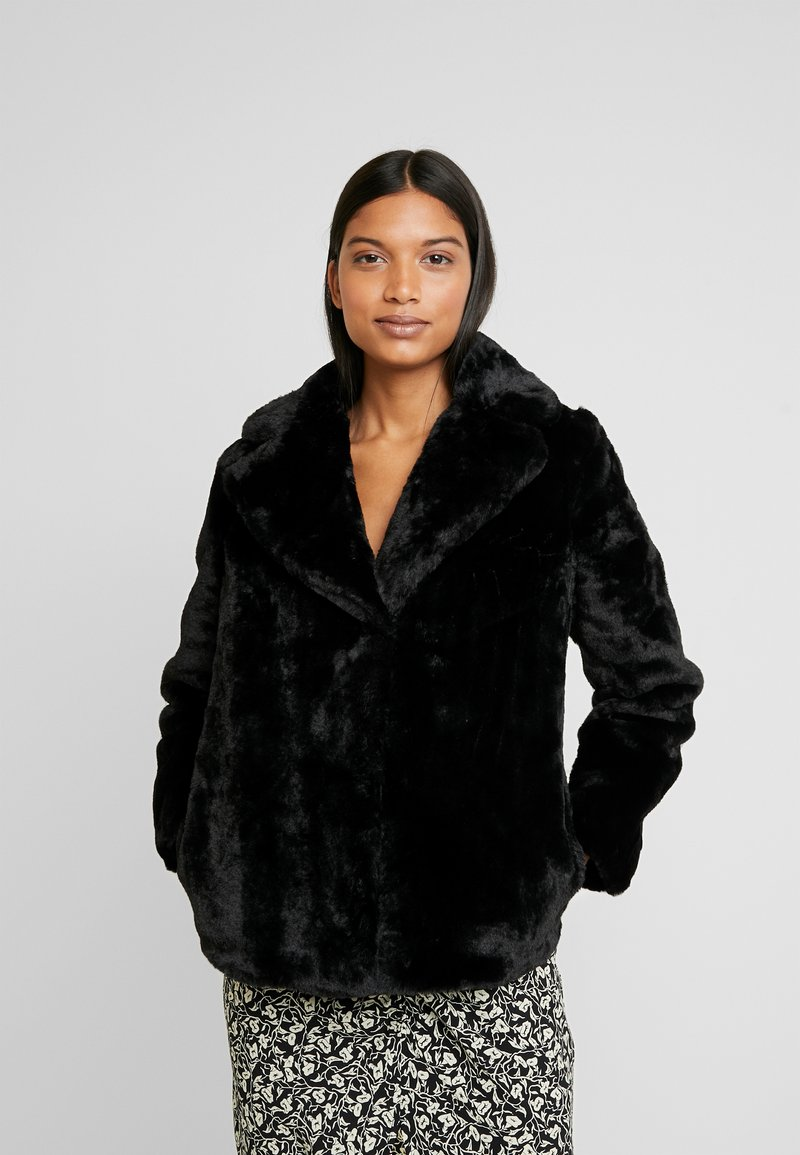 Dorothy Perkins - SHORT PLUSH COLLAR REVERE - Light jacket - black