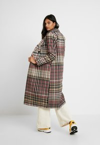 Dorothy Perkins - MIDI DOUBLE BREASTED - Classic coat - multi-coloured - 2