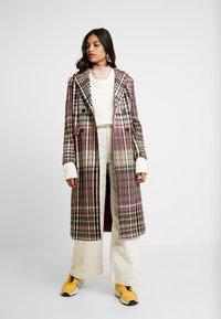 Dorothy Perkins - MIDI DOUBLE BREASTED - Classic coat - multi-coloured - 1
