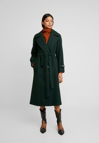 Dorothy Perkins - DOUBLE BELTED BELTED WRAP - Manteau classique - green - 0