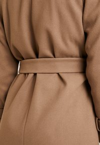 Dorothy Perkins - DOUBLE BREASTED BELTED WRAP - Trenchcoat - mushroom - 5