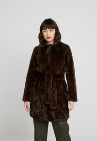 Dorothy Perkins - LONGLINE WITH SELF BELT - Cappotto invernale - chocolate - 0