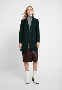 Dorothy Perkins - Zimní kabát - green - 1