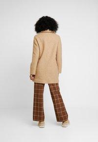 Dorothy Perkins - BOUCLE ONE BUTTON COAT - Classic coat - honey - 2