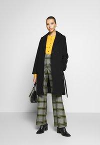 Dorothy Perkins - SHAWL COLLAR COAT - Classic coat - black - 1