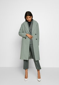 Dorothy Perkins - SAGE RELAXED DOUBLE BREASTED - Cappotto classico - green - 0