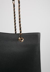 Dorothy Perkins - CHAIN - Handtas - black - 6