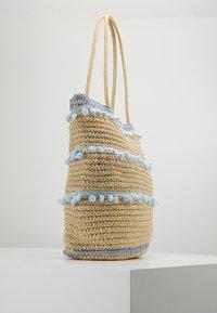 Dorothy Perkins - POM TRIM BEACH SHOPPER - Shopping bags - blue - 3