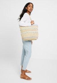 Dorothy Perkins - POM TRIM BEACH SHOPPER - Shopping bags - blue - 1