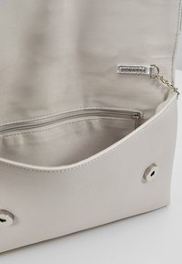 Dorothy Perkins - BOW  - Clutch - silver - 4