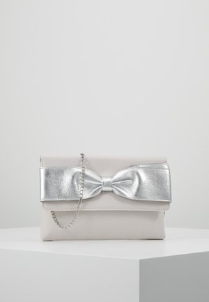 BOW  - Clutches - silver