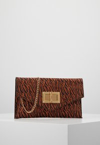 Dorothy Perkins - LARGE LOCK - Clutch - rust - 0
