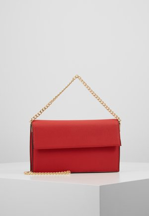 HANGING CHAIN - Clutch - red