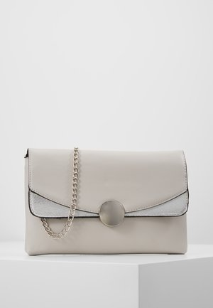 CIRCLE HARDWARE - Clutch - grey